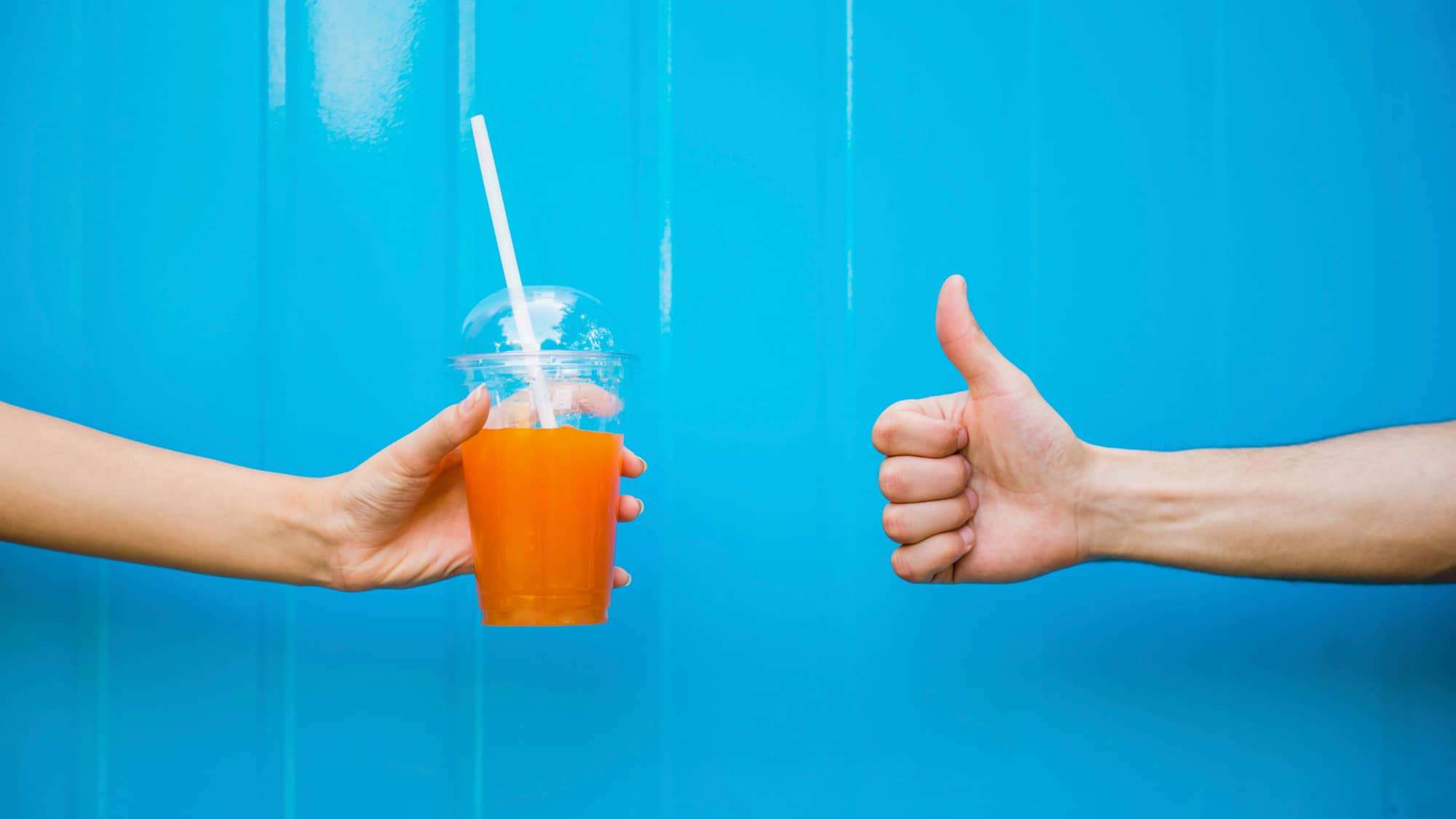 Smoothies made easy - hand to hand | Courtesy of Smoothie Solutions